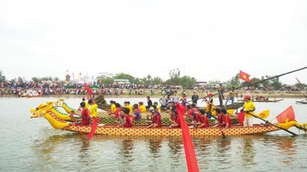 Náo nức lễ hội đua thuyền làng Mai Xá