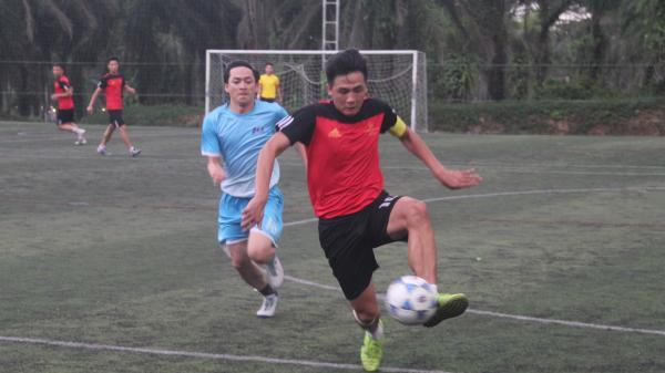 Khai mạc Giải Bóng đá chào mừng Ngày thành lập Đoàn TNCS Hồ Chí Minh- tranh Cúp Family Window 2018