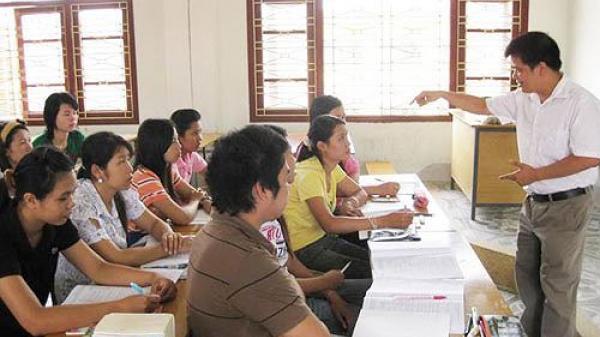 Thông báo tuyển dụng giảng viên tiếng Lào