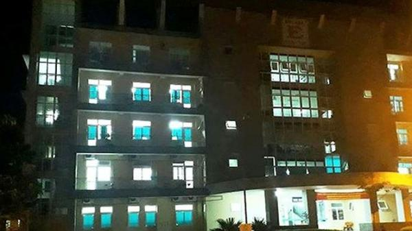 Rơi từ tầng 5 bệnh viện, một phụ nữ Quảng Trị tử vong