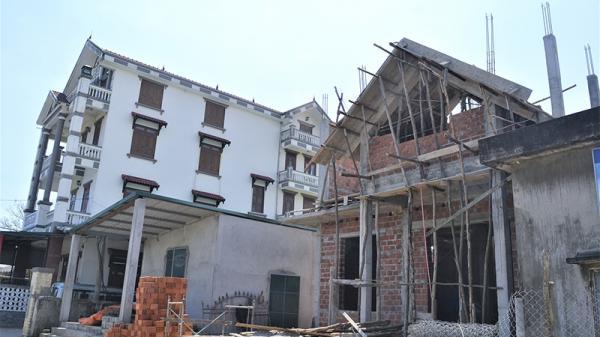 Những căn nhà bạc tỷ bên làng biển Quảng Trị