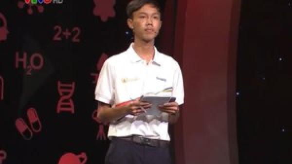 CĐV Quảng Trị vỡ òa khi MC công bố Tân Nhật giành vòng nguyệt quế