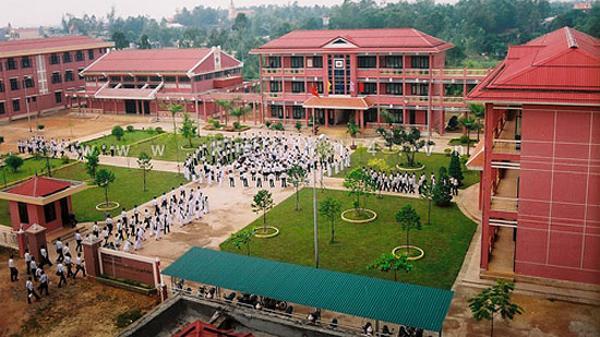 Trường THPT chuyên Lê Quý Đôn có 51 học sinh được tuyển thẳng vào đại học