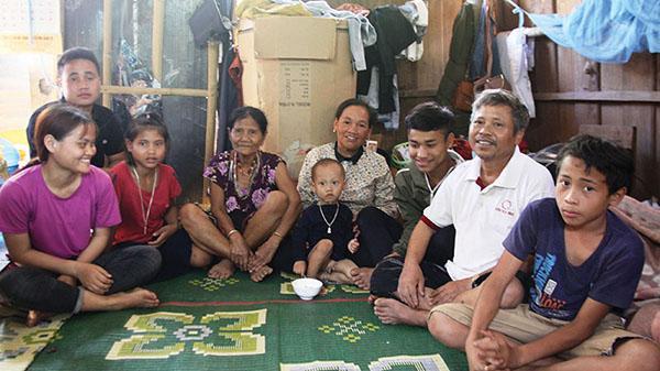 Bà mẹ Pa Kô của núi rừng Quảng Trị nuôi 15 người con