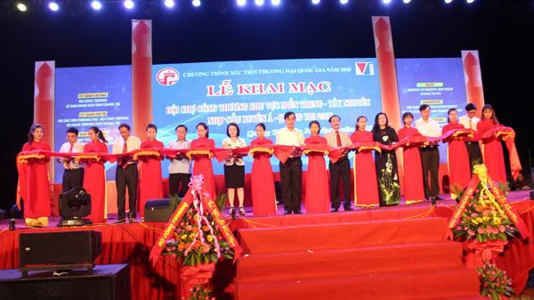 Khai mạc Hội chợ tại Quảng Trị với trên 500 gian hàng trưng bày