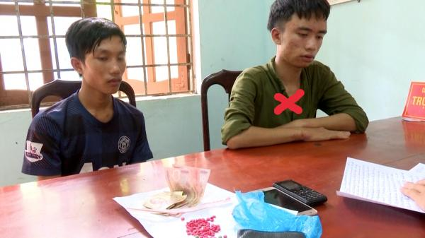 Đông Hà: Bắt hai đối tượng buôn bán, tàng trữ ma tuý