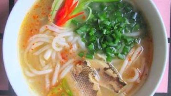 Tới Quảng Trị nhớ mãi cháo cá vạc giường: Cái tên nghe đã lạ mà cách ăn lại cũng hay...