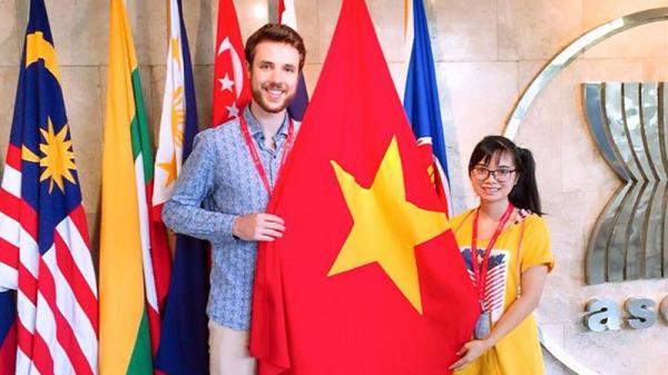 Cô gái Quảng Trị biến giấc mơ chu du qua nhiều nơi trên thế giới thành sự thật