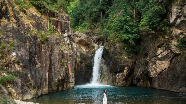 Thác Chênh Vênh - Vẻ đẹp hoang sơ giữa núi rừng đại ngàn Quảng Trị, điểm đến lý tưởng ngày cuối tuần làm say lòng bao du khách