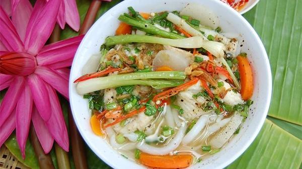 Bánh canh cá lóc Quảng Trị, đậm đà hương vị đồng quê