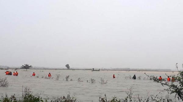 Quảng Trị: Tìm thấy thi th.ể n.ạn nhân thứ 2 trên cánh đồng ngập nước trong vụ 2 mẹ con bị nước cuốn