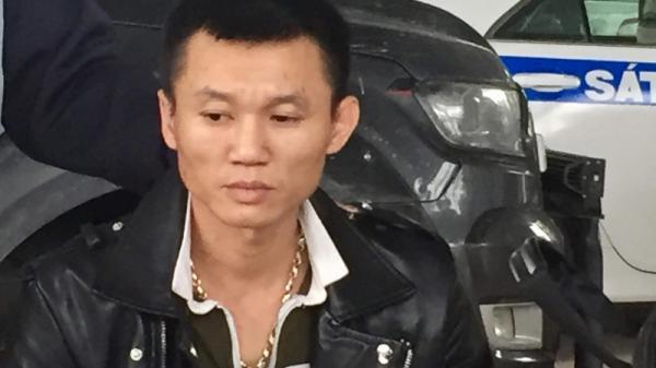 """Quảng Trị: Truy đuổi xe vi phạm tốc độ bỏ trốn, tàng trữ """"hàng nóng"""""""