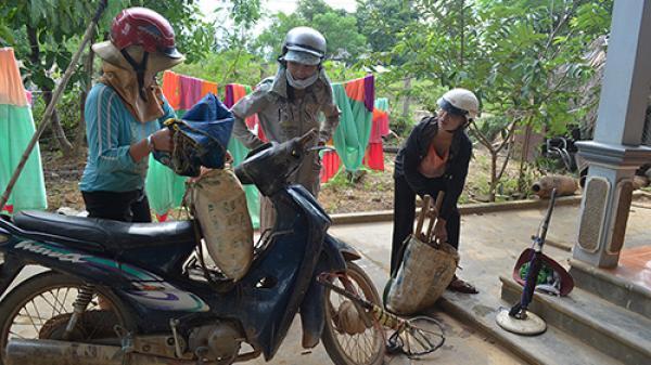 Rà phế liệu, nghề sinh tử ở Quảng Trị