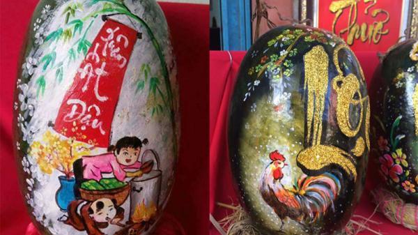 Lo quà tặng mẹ vợ, chàng trai Quảng Trị nổi hứng vẽ 3.000 tranh thư pháp dưa hấu