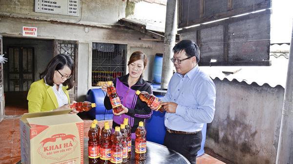 Quảng Trị: Làm giàu từ nước mắm với doanh thu hơn 1,5 tỉ đồng mỗi năm