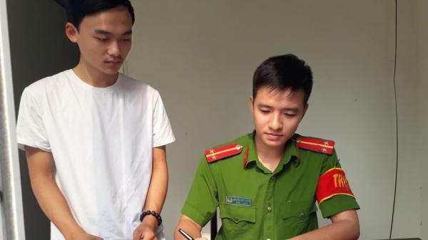 Cam Lộ: Tuyên dương học sinh được của rơi trả lại người mất