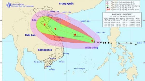 Tin bão số 10: Cơn bão mạnh nhất trong năm đang lao thẳng vào miền Trung