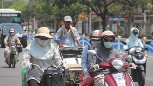 Người dân miền Trung quay quắt vì nắng nóng