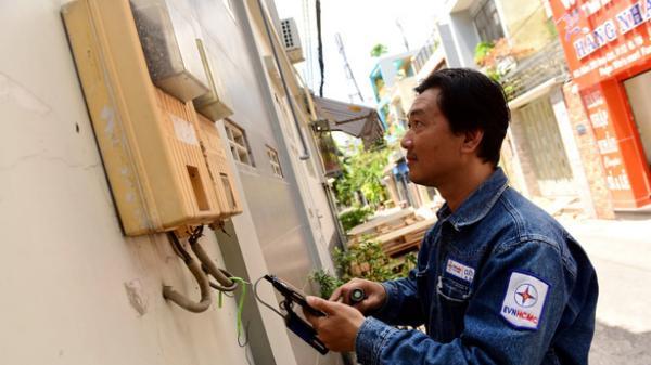 Tập đoàn Điện lực VN (EVN) thừa nhận hóa đơn tiền điện tăng ít nhất 35%