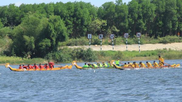 Kết quả chung cuộc giải Đua thuyền truyền thống vô địch quốc gia năm 2019 trên sông Thạch Hãn