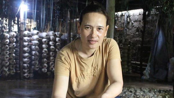 Vĩnh Linh: Thu nhập cao trong mùa nắng nóng nhờ trồng nấm hoàng đế