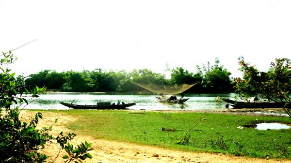 Sông Cánh Hòm và làng Mai Xá Thị