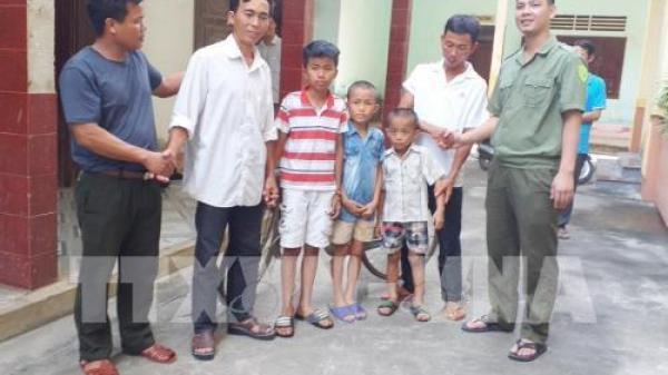 Ba cháu bé ở Nghệ An nghi bị b ắt c óc được bàn giao cho gia đình