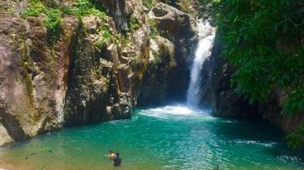 Thác Chênh Vênh - Vẻ đẹp hoang sơ giữa đại ngàn làm say lòng du khách