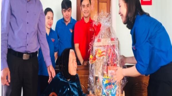 """Tuổi trẻ Thành đoàn Đông Hà với chương trình """"Bữa cơm Tất niên- ấm lòng tình mẹ"""""""