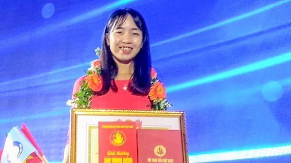 """Gương mặt duy nhất của Quảng Trị nhận giải thưởng""""Sao tháng Giêng"""" của Hội Sinh viên Việt Nam"""