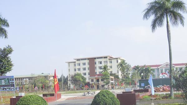 Thi tuyển công chức bằng trắc nghiệm qua máy vi tính, cách làm mới của huyện Vĩnh Linh