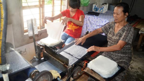 Bánh ướt Phương Lang đạt doanh thu mỗi năm khoảng 7 tỉ đồng