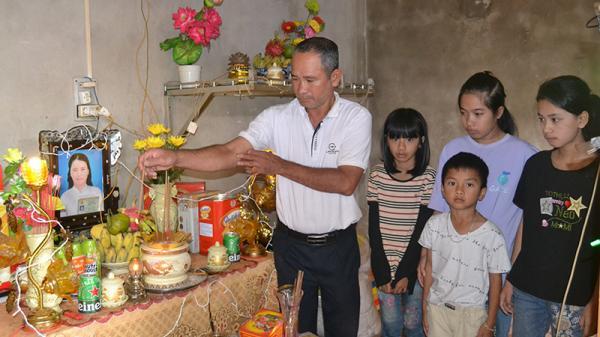 """Xót xa hoàncảnh người đàn ông ở Quảng Trị bị bỏng nặng phải""""gà trống nuôi con"""""""