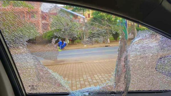 Quảng Trị: Tr.ộm đ.ậ.p cửa kính ô tô lấy camera hành trình