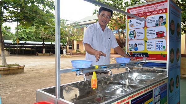"""""""Xe rửa tay di động"""" của thầy giáo Quảng Trị"""