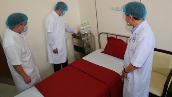 Bệnh viện Trung ương Huế cấm vào thăm bệnh, nhân viên y tế không được ra ngoại tỉnh