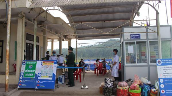 Tạm dừng hoạt động xuất nhập cảnh đối với người tại các cửa khẩu quốc tế Lao Bảo và La Lay từ 1.4.2020