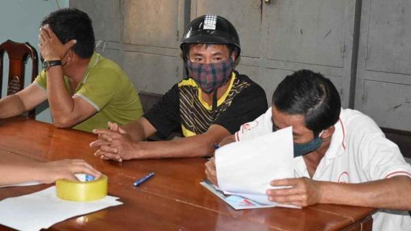 Quảng Trị: Xử phạt 3 người dân không đeo khẩu trang tụ tập nơi công cộng ngày 4/4/2020
