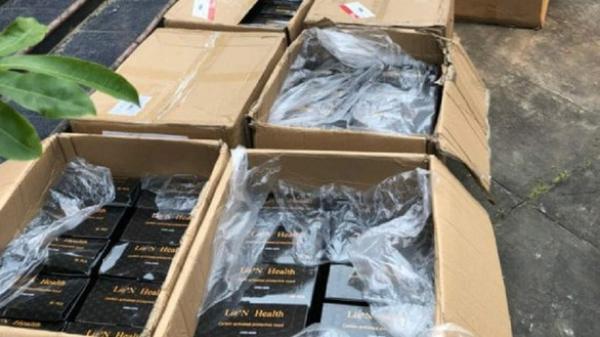 Gửi khẩu trang từ thiện cho người nghèo qua Viettel Post, nhận hàng phát hiện mất hơn 4.000 chiếc