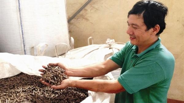 Quảng Trị: Tiết kiệm với bếp đun viên nén năng lượng