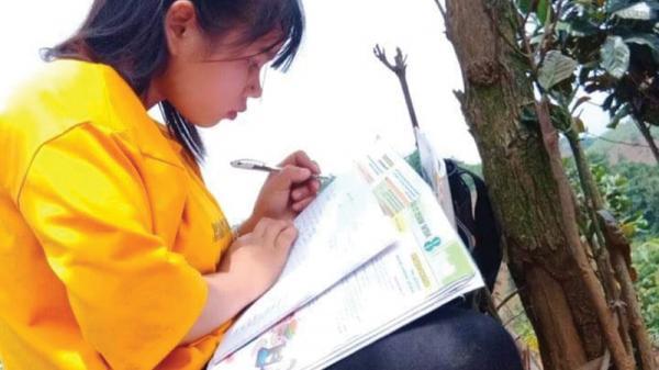 Nữ học sinh Vân Kiều cần được tiếp sức đến trường