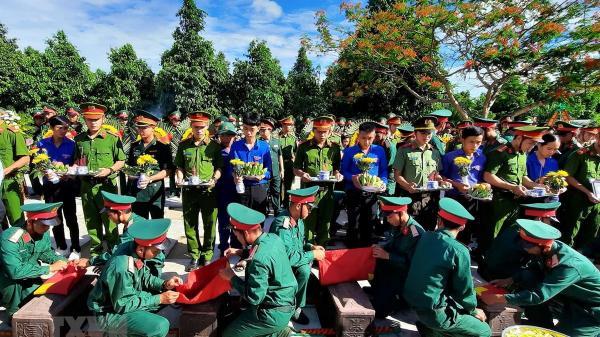 Quảng Trị tổ chức truy điệu và an táng 18 hài cốt liệt sỹ