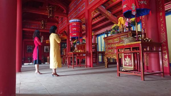 Đền thờ vua Hàm Nghi - Điểm đến mới của du khách trong ngày Tết