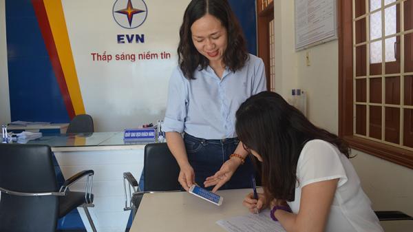 Quảng Trị: Đẩy mạnh thanh toán dịch vụ công không dùng tiền mặt