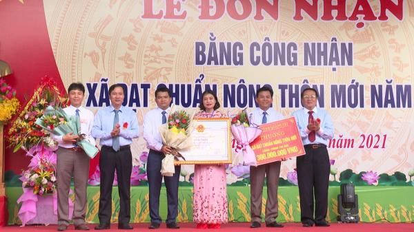 Xã Trung Sơn, huyện Gio Linh đón nhận Bằng công nhận xã đạt chuẩn nông thôn mới