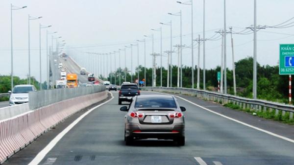 Những quy định chấm dứt tranh cãi giữa tài xế Việt và CSGT trong 2017