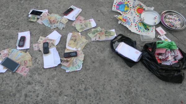 Sóc Trăng: Triệt xóa 1 tụ điểm lắc bầu cua ăn thua bằng tiền