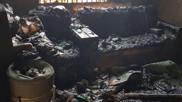 Hỏa hoạn thiêu rụi 2 căn nhà ngày cận Tết