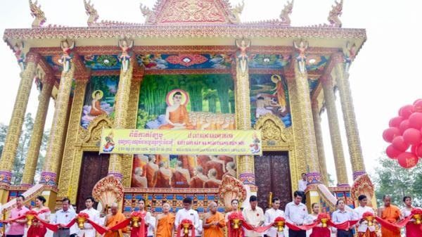 Tổ chức Lễ khánh thành kiết giới sây ma chùa Pôthi Sattha Ram