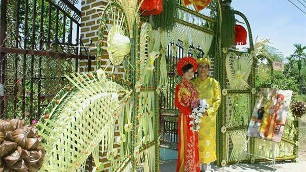 Những cánh cổng cưới bằng lá dừa đẹp mê ly hớp hồn dân mạng